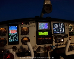 New upgraded Mooney panel cruising in 11500 feet after sunset on a flight from Texas to Florida. --- Mooney M20F IMG_1149