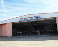 Hangar of Mooney Service Center Don Maxwell Aviation Services in Longview in Texas. --- Mooney M20F IMG_1046Mooney M20F IMG_1046