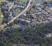 Woodside at Spruce Creek aus der Luft gesehen. Aerial view of Woodside at Spruce Creek.