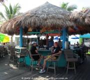 Karibisches Flair im Sharky's Restaurant in Venice in Florida am Strand.