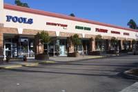 Einkaufszentrum nahe der Spruce Creek Fly In Community