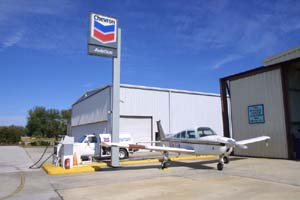 Flugzeugtankstelle in Spruce Creek in Florida