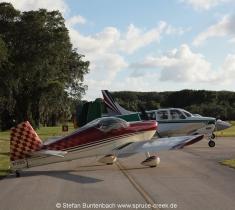 Spruce Creek Fly In Community in Florida im Gelände. Views of Spruce Creek Airpark.