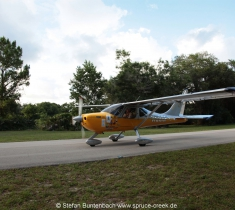 Spruce Creek Fly In Community in Florida im Gelände. Views of Spruce Creek Airpark.