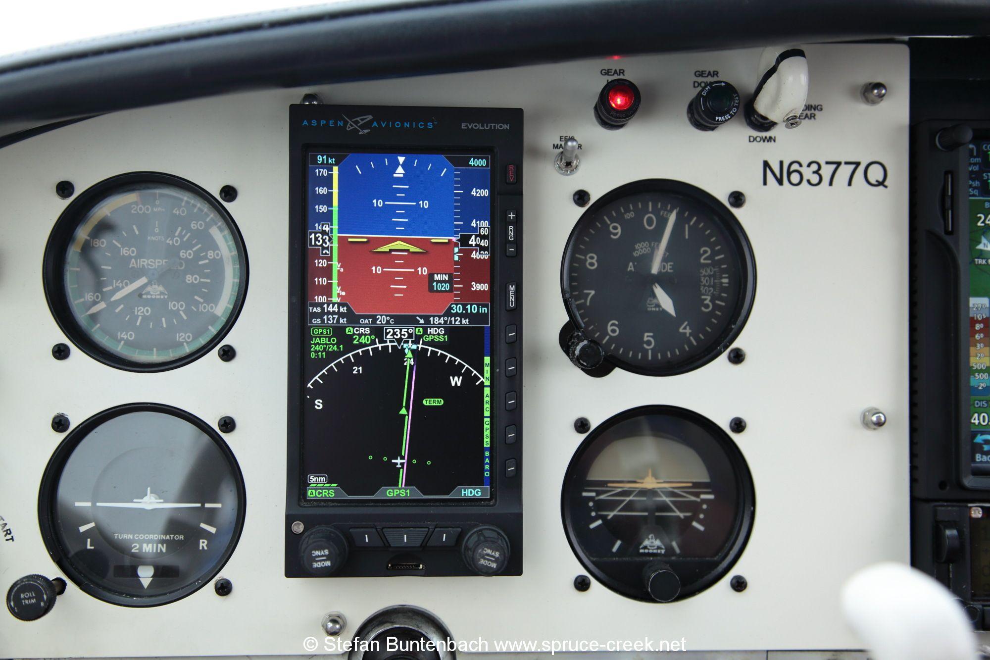 Mooney modern Panel IMG_4269