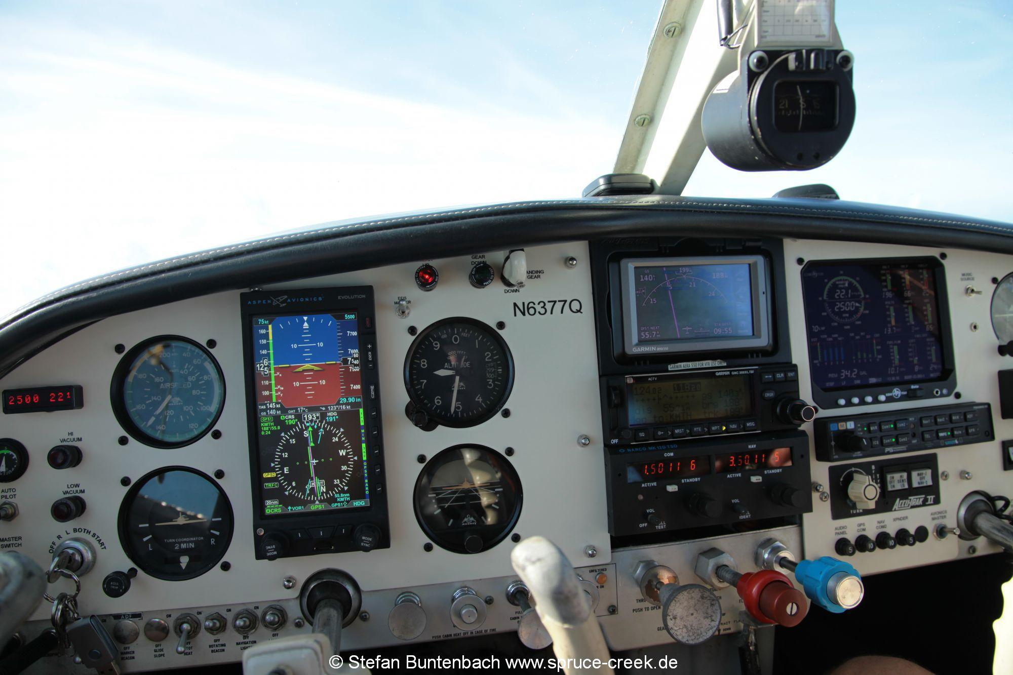 Mooney M20F N3677Q Cockpit with Aspen 1000 Pro PFD and JPI EDM 930 Engine Monitor