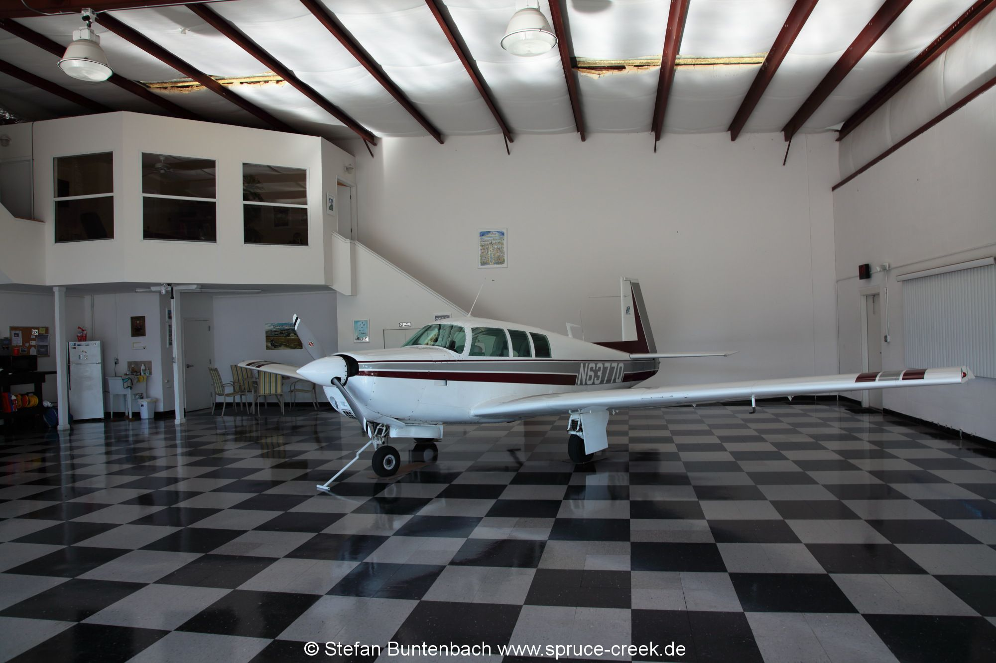 Mooney M20 F, N6377Q, resting in a very nice hangar in the Spruce Creek Fly in Community near Daytona Beach in Florida. --- Mooney M20F IMG_1541